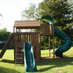 Slides and play area / playhouse